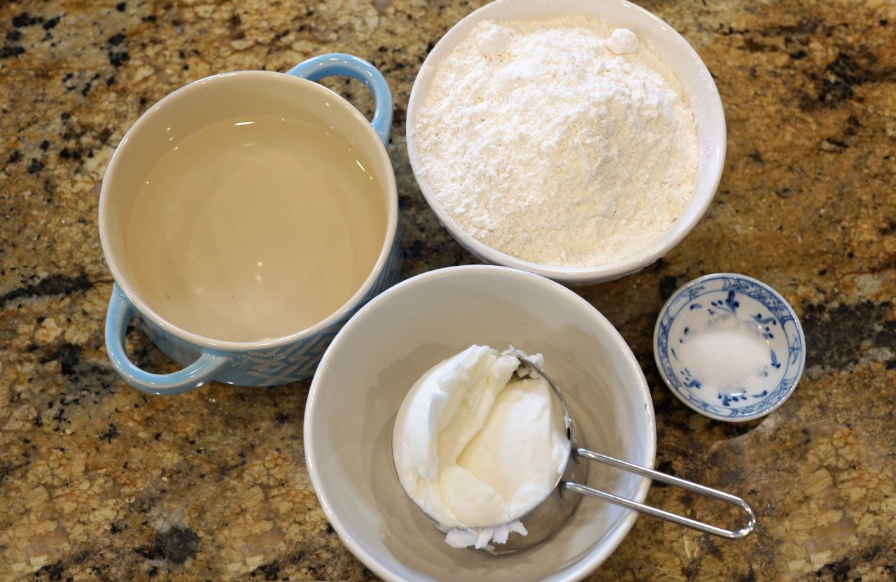 "Cook With Brooks Flaky Pie Crust Ingredients"" /><figcaption class="