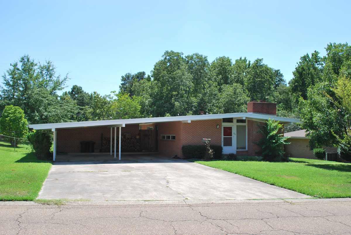 Aetn Clean Lines Open Spaces A View Of Mid Century