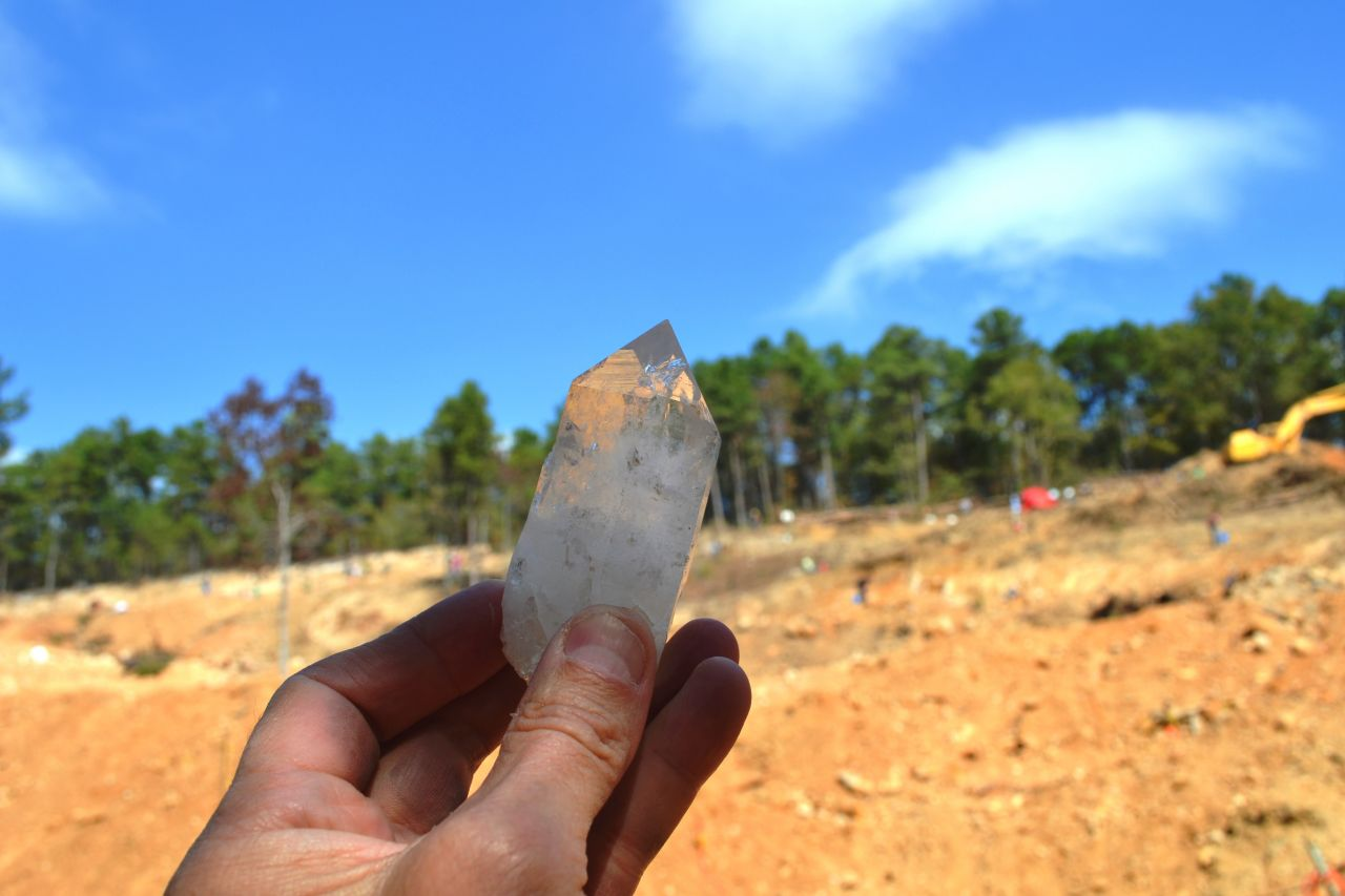 Exploring Arkansas Mt. Ida World Championship Quartz Crystal Dig
