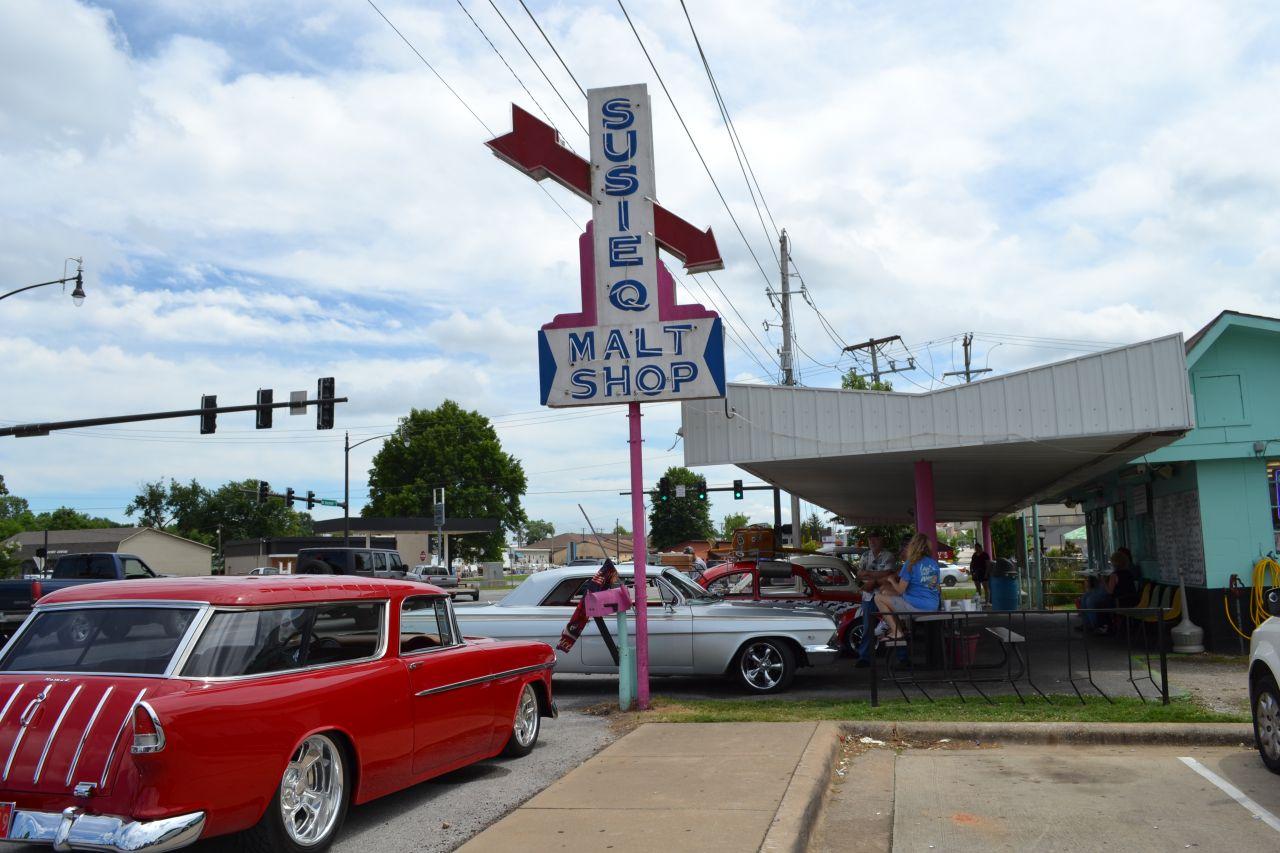 Exploring Arkansas Susie Q Malt Shop