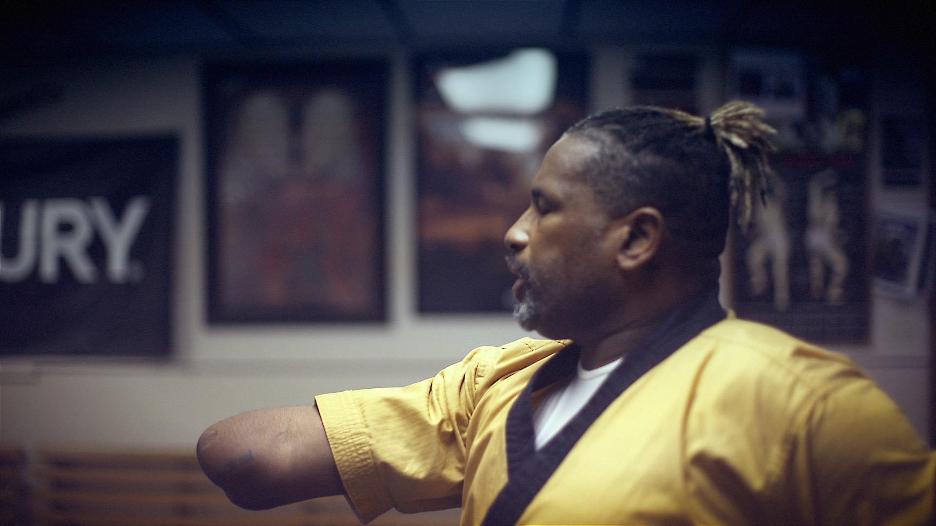 Anthony Smith practice martial arts