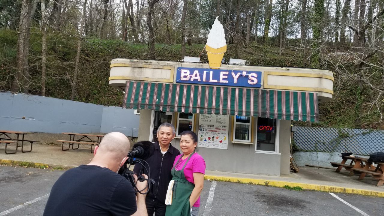 Jeff shoots footage with the Morphews at Bailey's Dairy Treat in Hot Springs