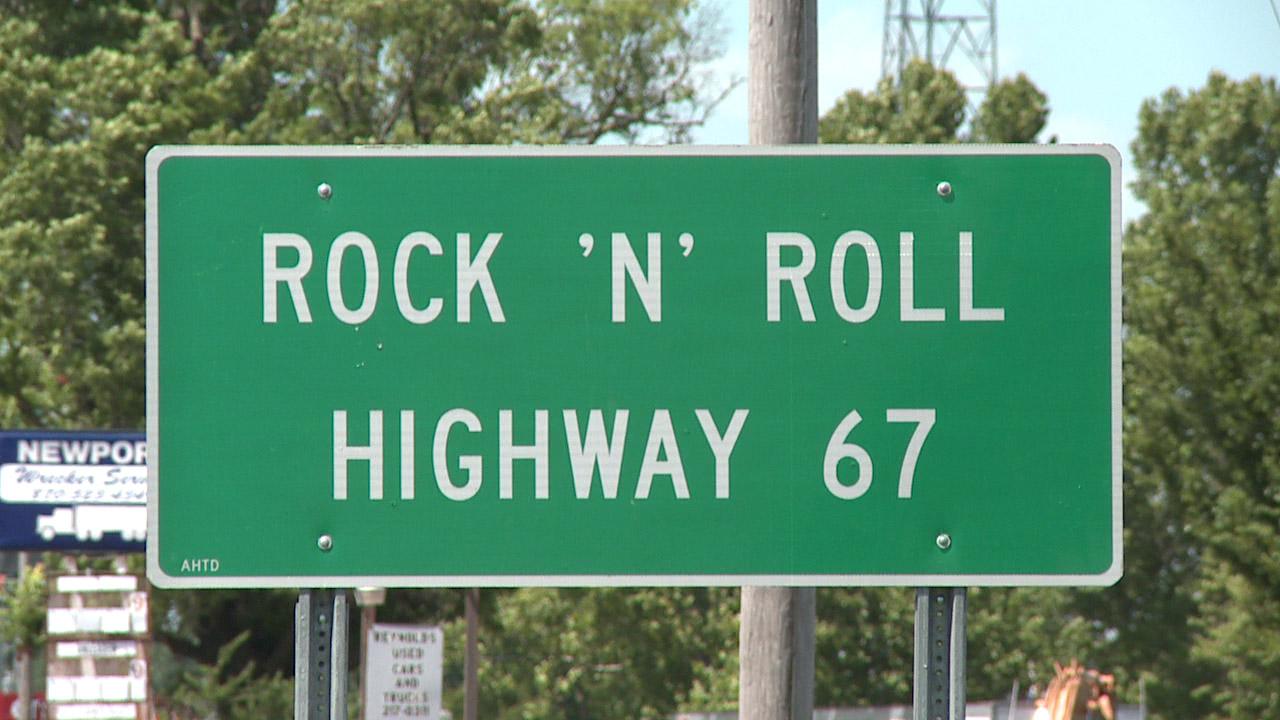 Rock_N_Roll_Hwy_1