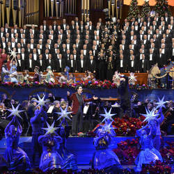 choir singing inside the mormon tabernacle