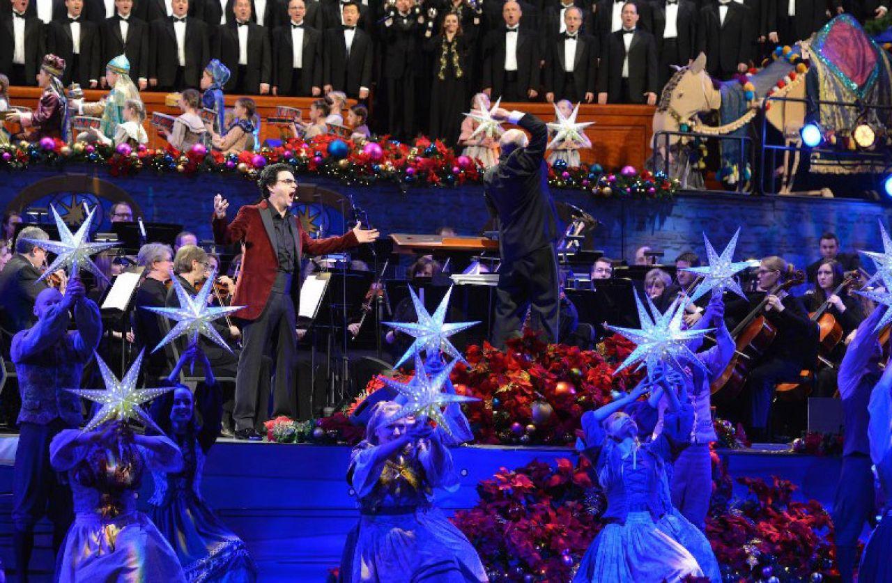 Christmas With the Mormon Tabernacle Choir 2017
