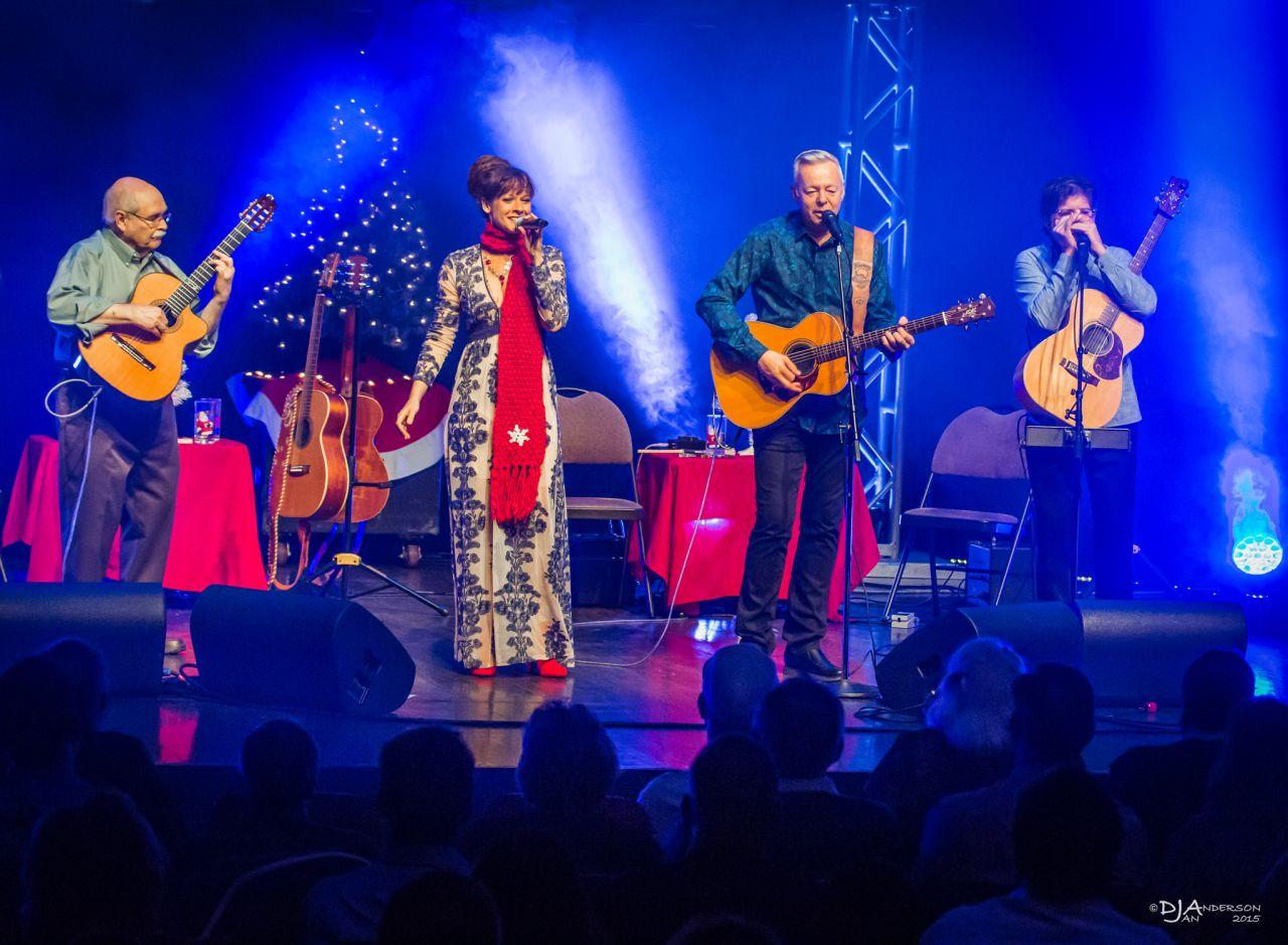 Tommy Emmanuel Classics & Christmas Tour