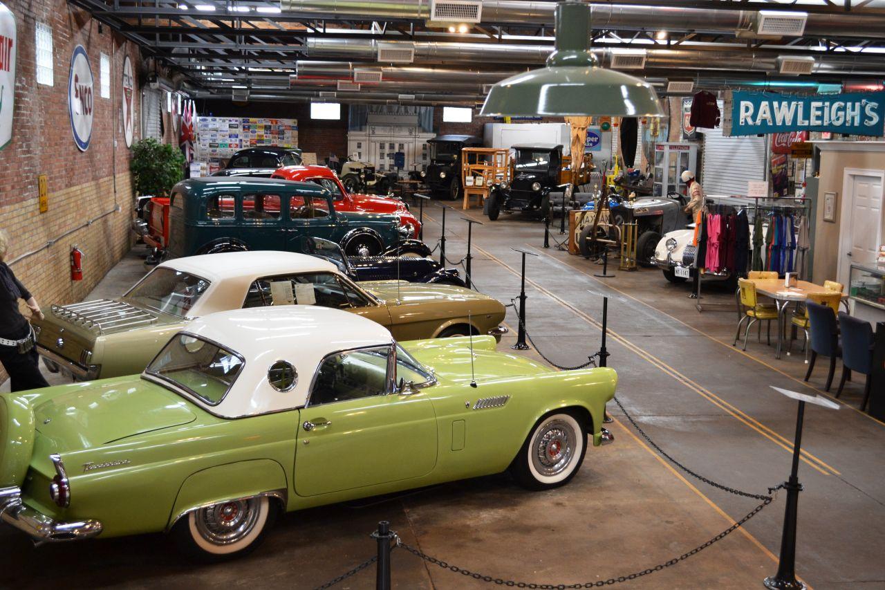 Exploring Arkansas Four States Auto Museum