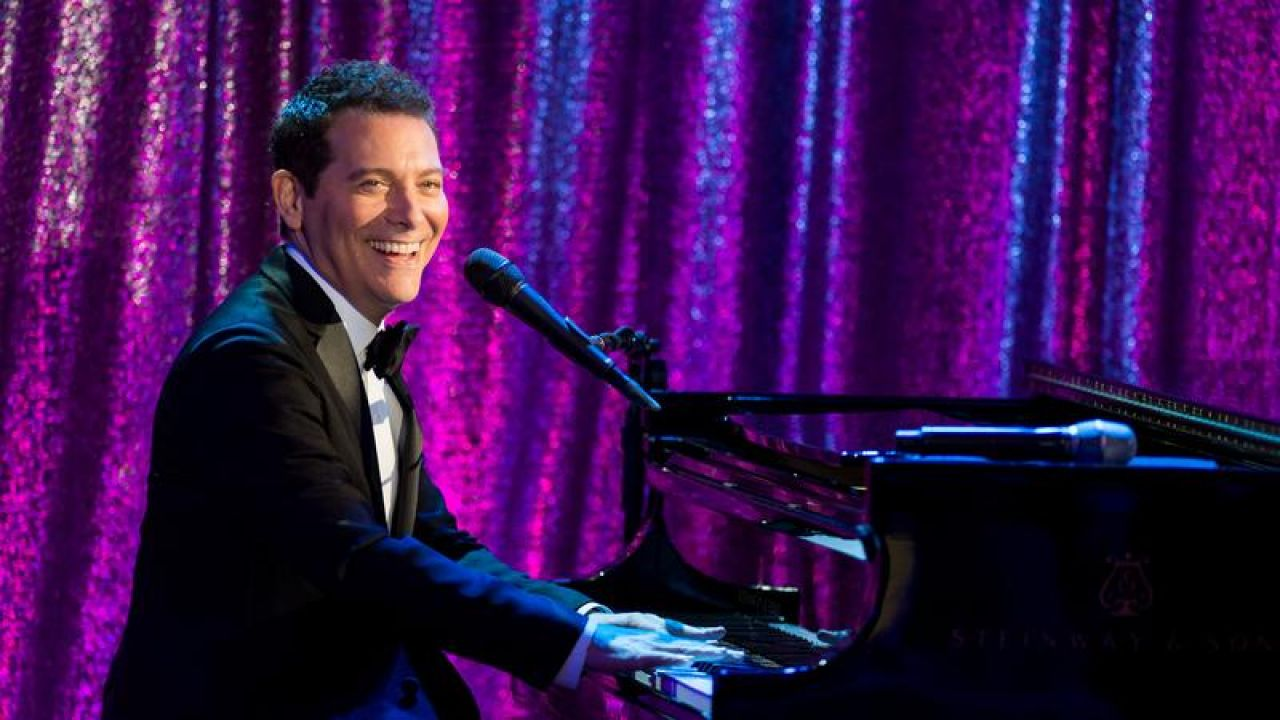 "Michael Feinstein's New Year's Eve""><figcaption class="